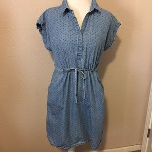 Polka Dot Chambray Dress - VGUC - Old Navy