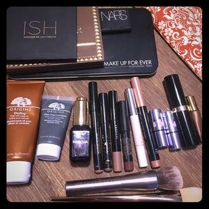 Huge makeup bundle. Sephora and premium brands.
