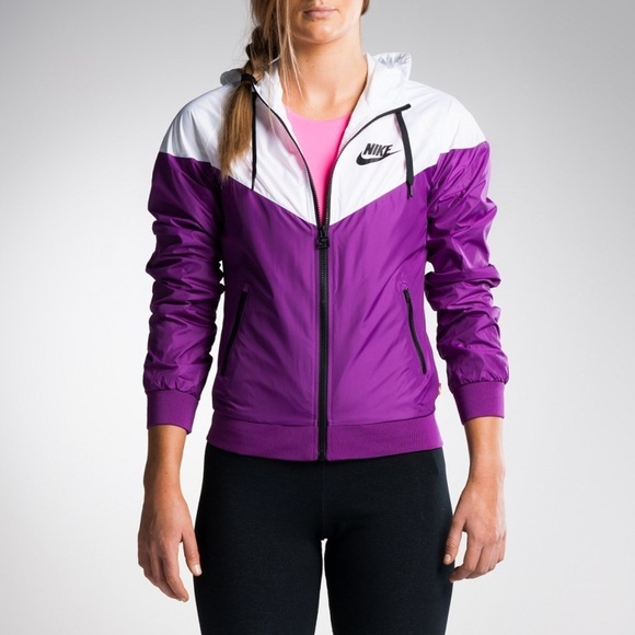 Super cool Nike Two tone Windrunner Women's Jacket