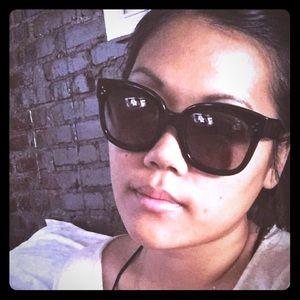 Celine New Audrey Sunglasses - Blk