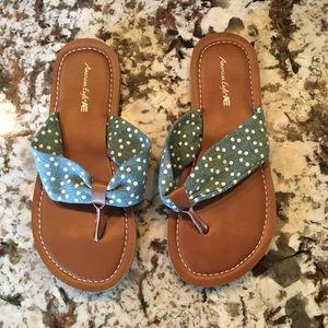 NWOT Girls Flip Flops