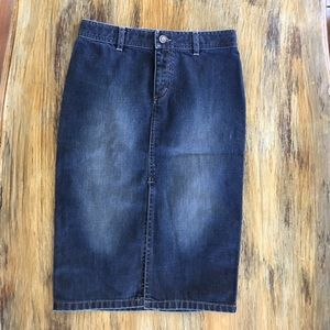 Gucci denim skirt NWOT sz 38