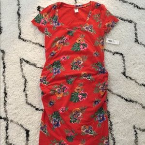 NWT Old Navy maternity red bodycon dress