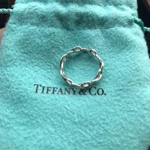 Tiffany ring infinity size 4.5