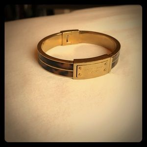 Michael Kors gold & tortoise shell bangle