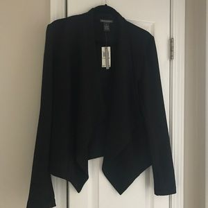 Chelsea & Theodore black draped long sleeve blazer