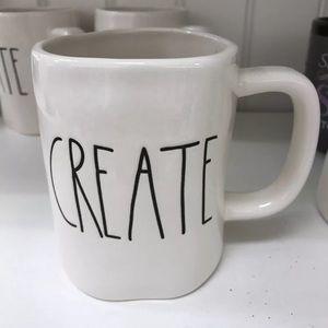 👨🏼🎨 Rae Dunn CREATE Mug!!