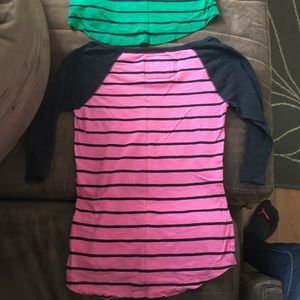 Abercrombie and fitch 3/4 length tops!! Size xs!!