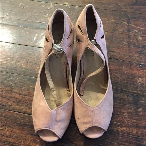 84bc248a6ca Breckelles Shoes - Breckelles light pink wedges