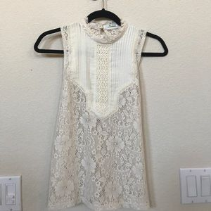 Kimchi Blue Urban Outfitters lace high neck tank s