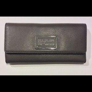 Marc by Marc Jacobs Standard Supply Grey Wallet