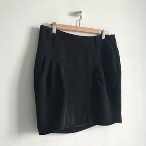 Classic Black Zara Pencil Skirt Size 10!