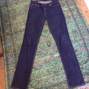 Like new!! J.Crew matchstick jeans 28 tall