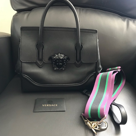 8952e1a774 Versace Palazzo empire medium bag. M_59ee2c21c2845606170df643
