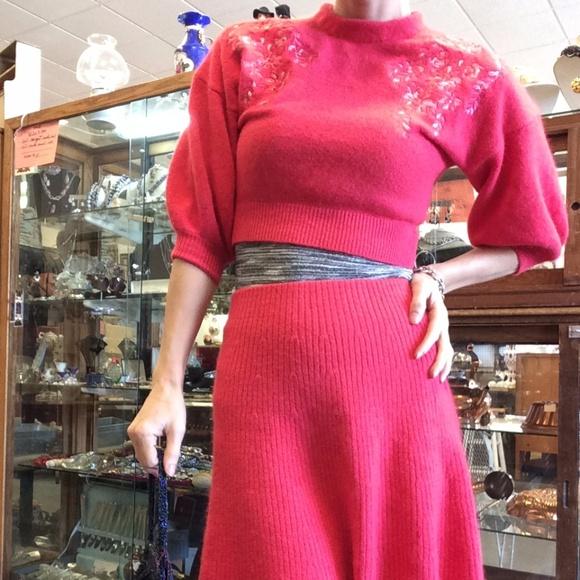 Vintage Dresses & Skirts - 💫HOT PINK SOFT WOOL SKIRT BLOUSE SET SOVA