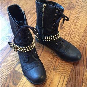 Steve Madden Terrn Studded Boots