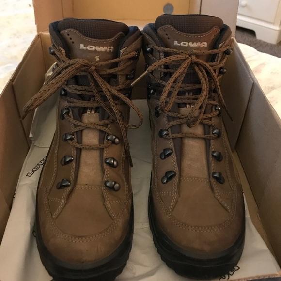 40dbacc56fb Women's Hiking Boots Lowa Renegade GTX Mid Ws