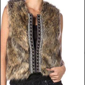 🆕 Brown Faux Fur Vest