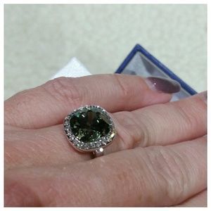 Brilliance crystal and silver ring