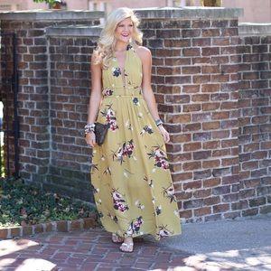 Dresses & Skirts - Halter, Floral Maxi