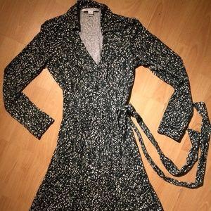 Green Twig Silk Wrap Dress New Jeanne Two Sz 6