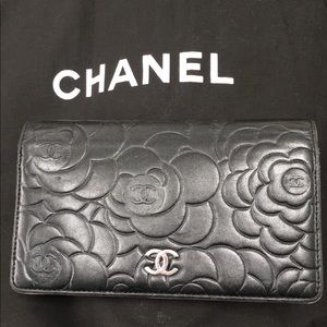 Chanel Camellia Bifold wallet