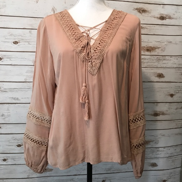 96a97800f4d Forever 21 Tops - Cute boho peasant style blouse from Forever 21