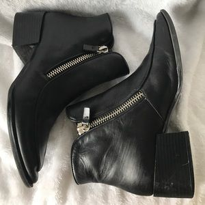 Zara woman authentic leather zipper boot
