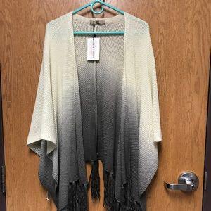 Sweaters - Dip dye tassel poncho