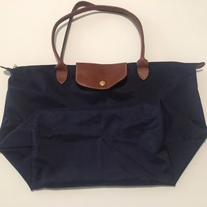 Longchamp 'Large Le Pilage' Tote in Classic Navy