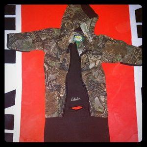 Cabelas baby camo snow/jacket suite 6m