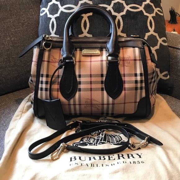 9551e90b0be4 Burberry Handbags - Authentic Burberry Haymarket Gladstone Satchel