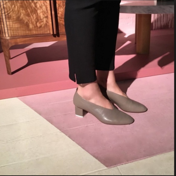 Gray Matters Mildred Pump In Taupe