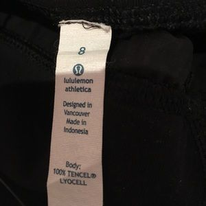 lululemon athletica Pants - Lululemon black wide leg crop pant sz 8 54789
