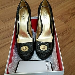 Coach patent leather shoes