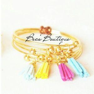 🎉NEW ARRIVAL🎉 Tassel Bracelet