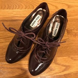 Steve Madden: Patent Leather Burgundy Ankle Bootie