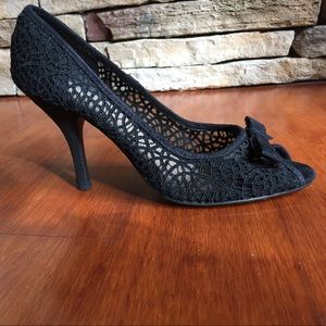 Anne Michelle black lace peep toe heels