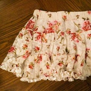 Wet Seal White Lace Floral Mini Skirt Ribbon Edge