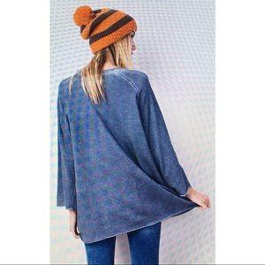 Tops - Sale! Loose fit sweatshirt sizes available S M L