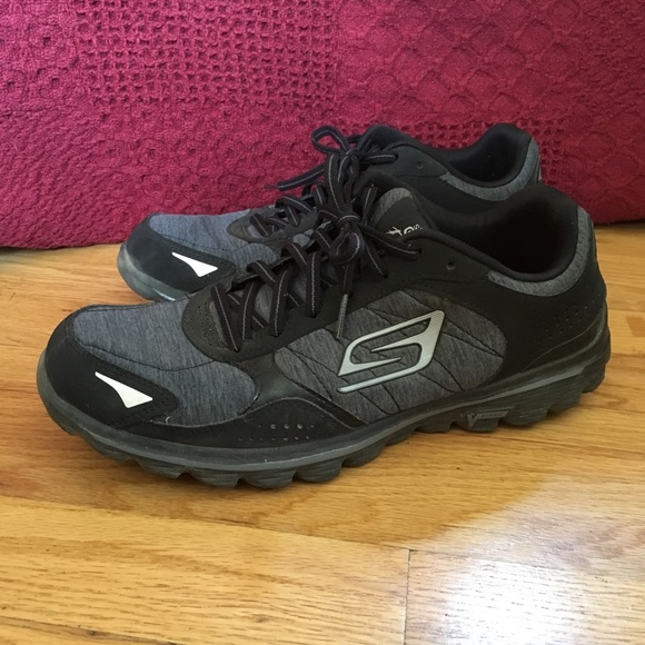 2019 factory price super popular for whole family Skechers Go Walk Flash Shoes Size 10