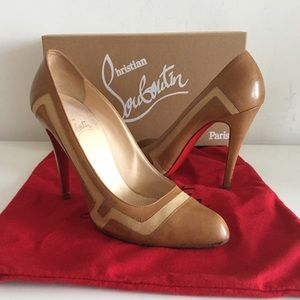 CHRISTIAN LOUBOUTIN COGNAC LEATHER AND CANVAS PUMP