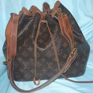Louis Vuitton petite Noe Shes injured needs lo Luv