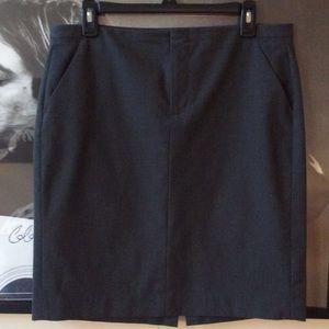 GAP Stretch Pencil Skirt ✏️