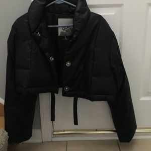 Down jacket cropped