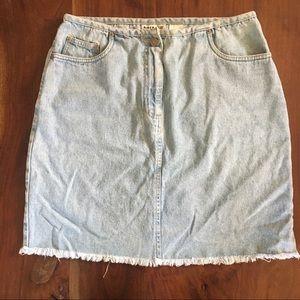 4 for $20 ☘️  Retro 90s Jean Skirt