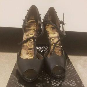 Sam Eldman heels