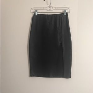 POETRY LEATHER LOOK STRETCH PENCIL SKIRT SMALL EUC