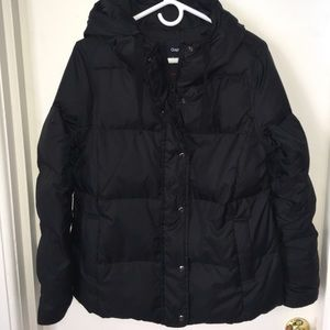 Black GAP puffer jacket