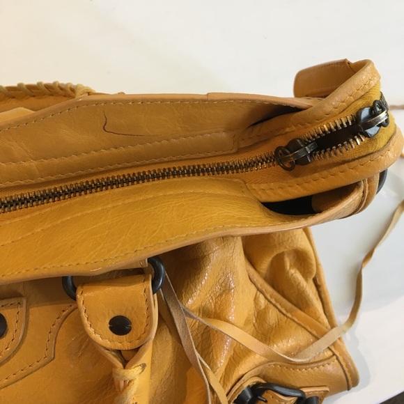 Balenciaga Bags - 🎉 FLASH SALE 🎉 Balenciaga Classic City Bag